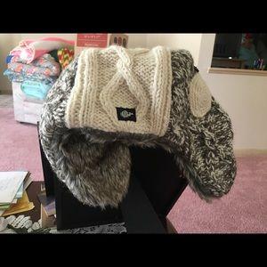 EVEREST DESIGNS Winter Hat (Handmade in Nepal)